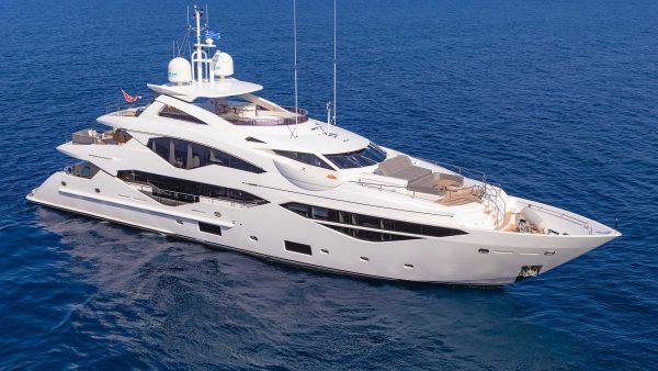 atlantides_yachting_mega_yacht_my_aqua_libra_featured