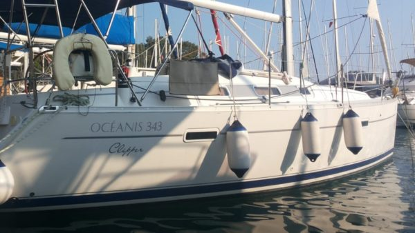atlantides_yachting_yacht_for_sale_benetau_oceanis_featured